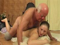 opa zoekt sex oma vuistneuken